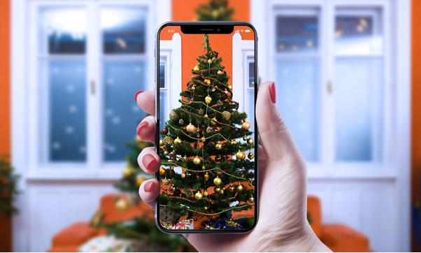 xmas tree on cell phone